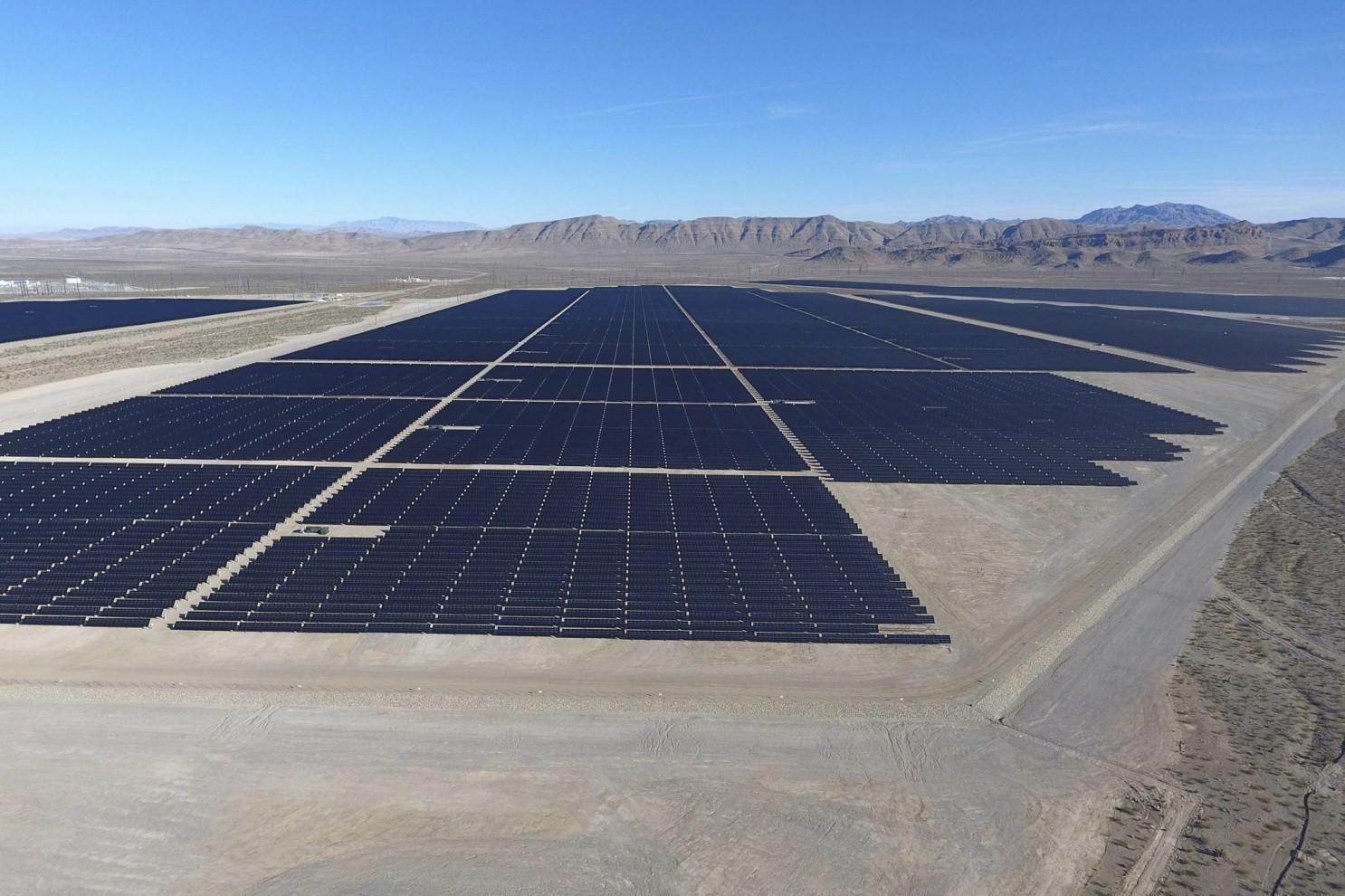 Governo do EUA anuncia maior projeto solar da história do país